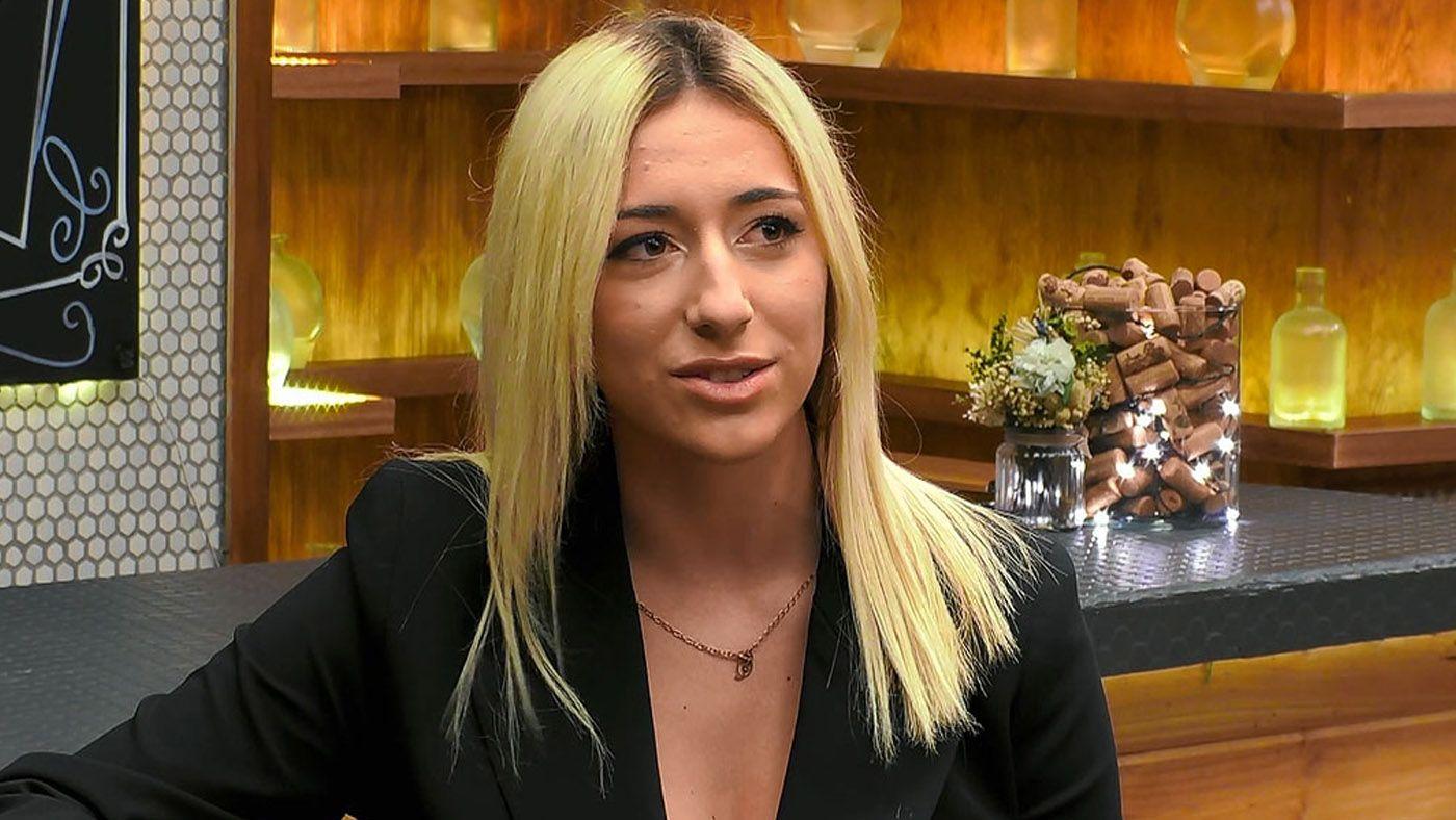 paula-topvideos-vagina