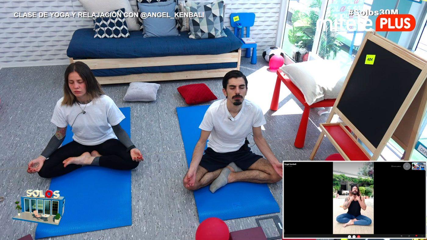 yoga3005