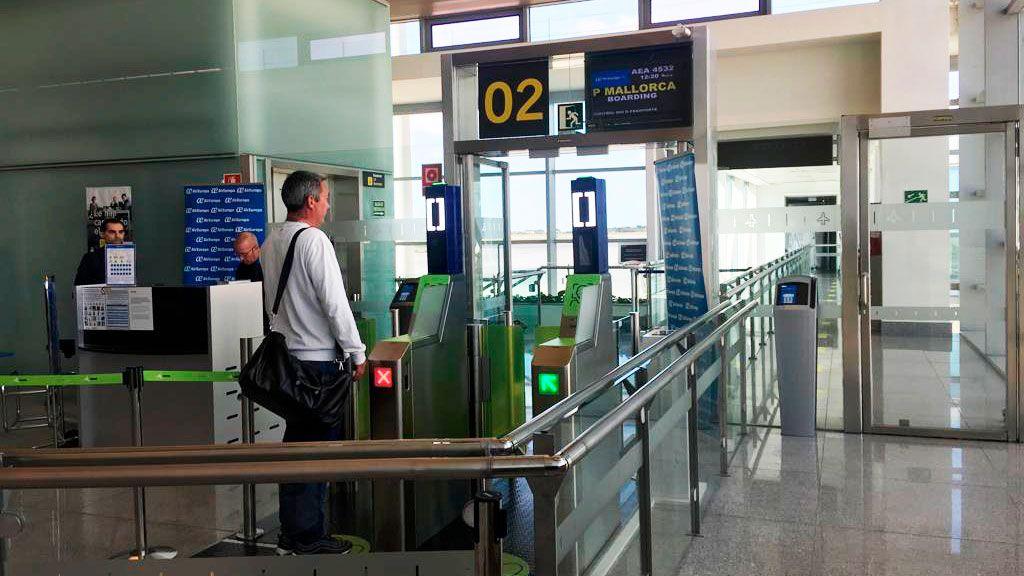 Prueba piloto de reconocimiento facial en el Aeropuerto de Menorca