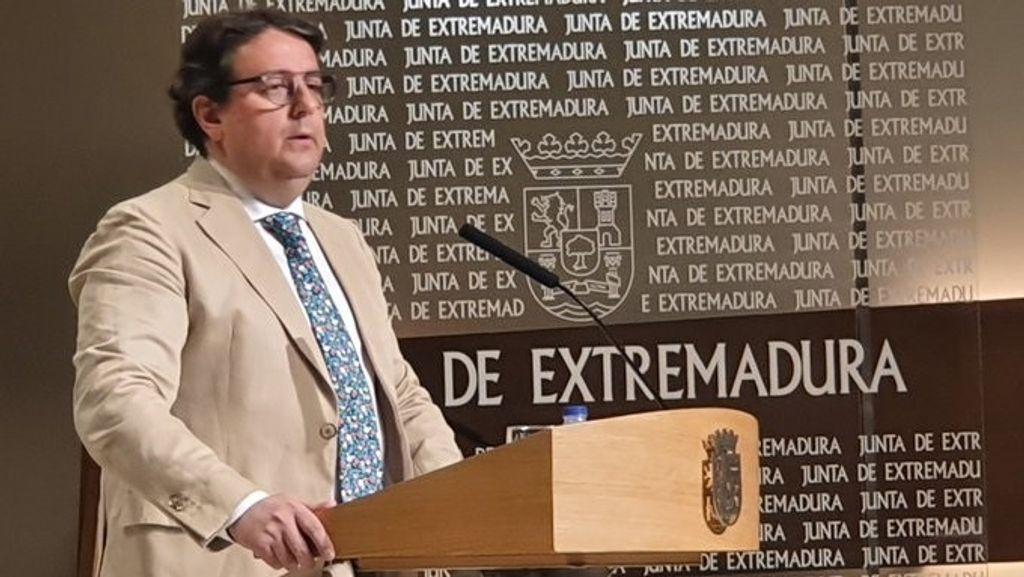 Consejero de Sanidad y Servicios Sociales de la Junta de Extremadura, José María Vergeles