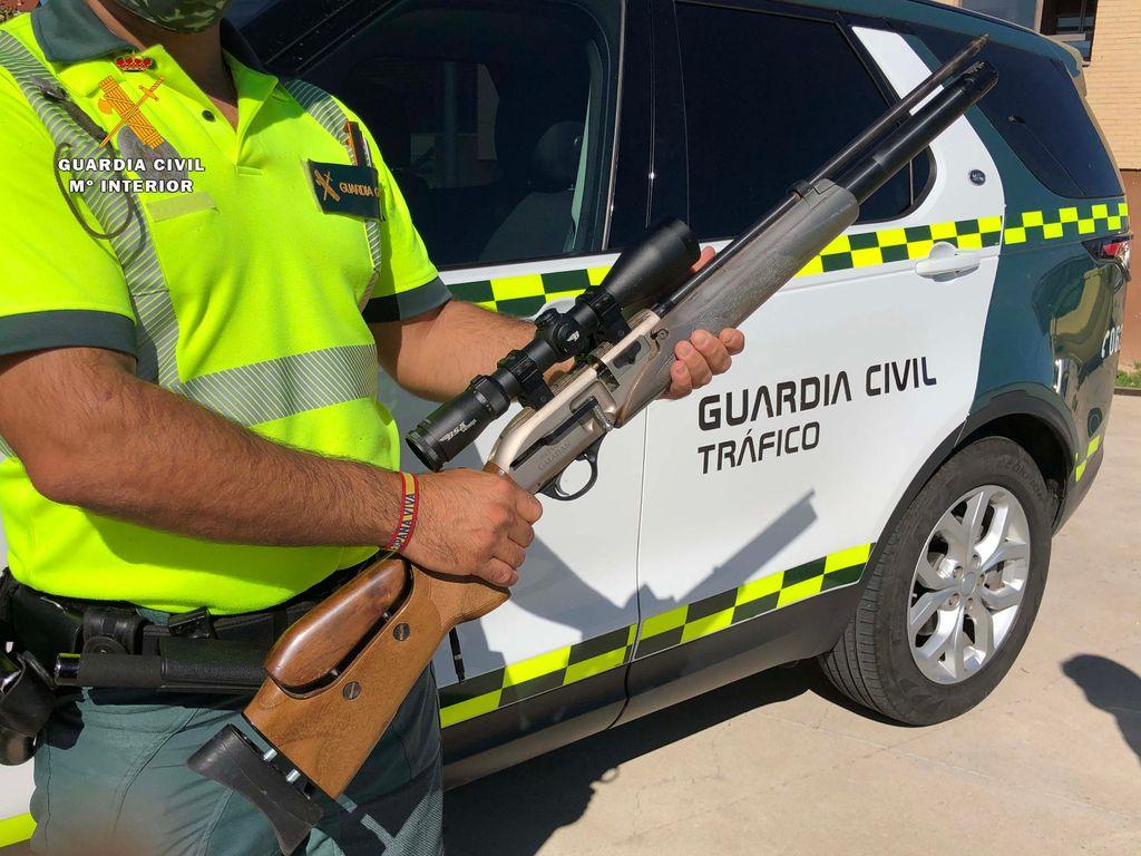 La escopeta incautada en Calahorra