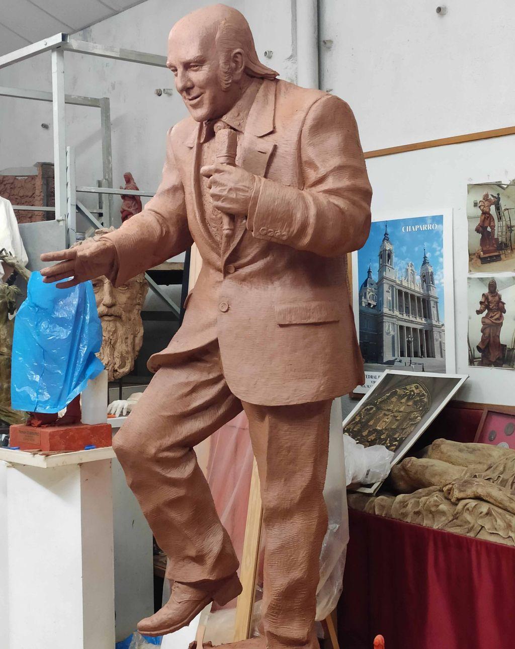 Boceto de escultura de Chiquito de la Calzada