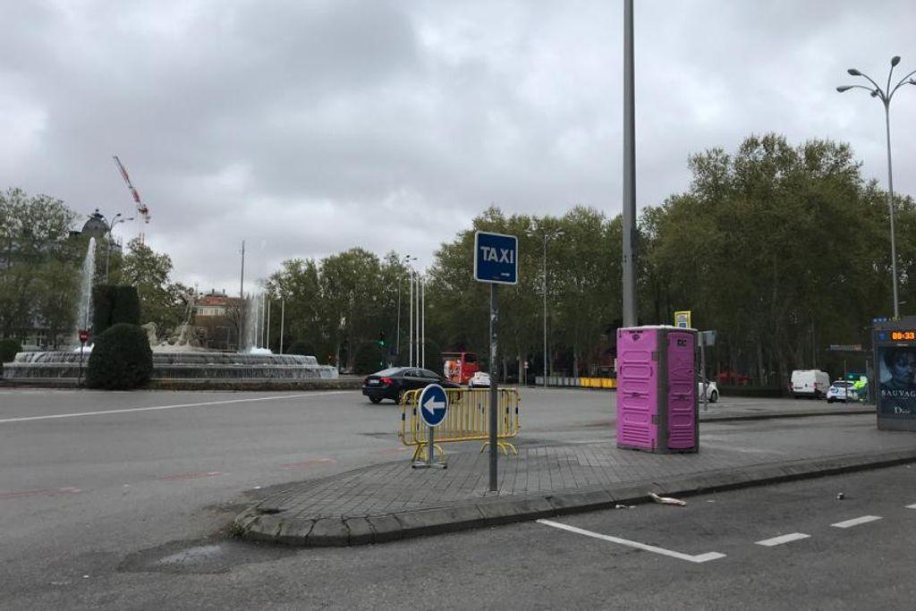 La parada del autobús donde atropellaron a Iván.