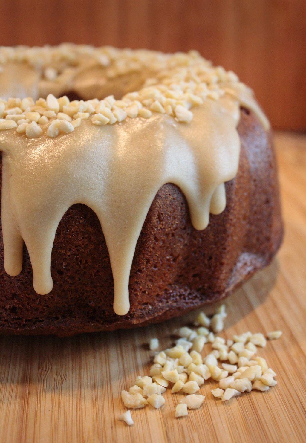 cakes-3526123_1920
