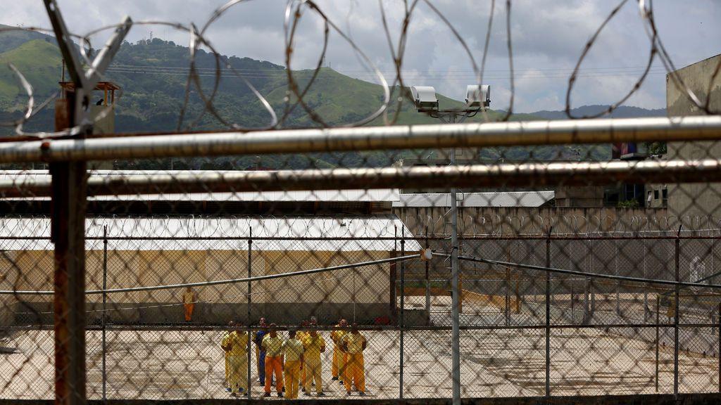 ¿Cómo son las cárceles de Venezuela?: retrato de un sistema de hacinamiento y corrupción