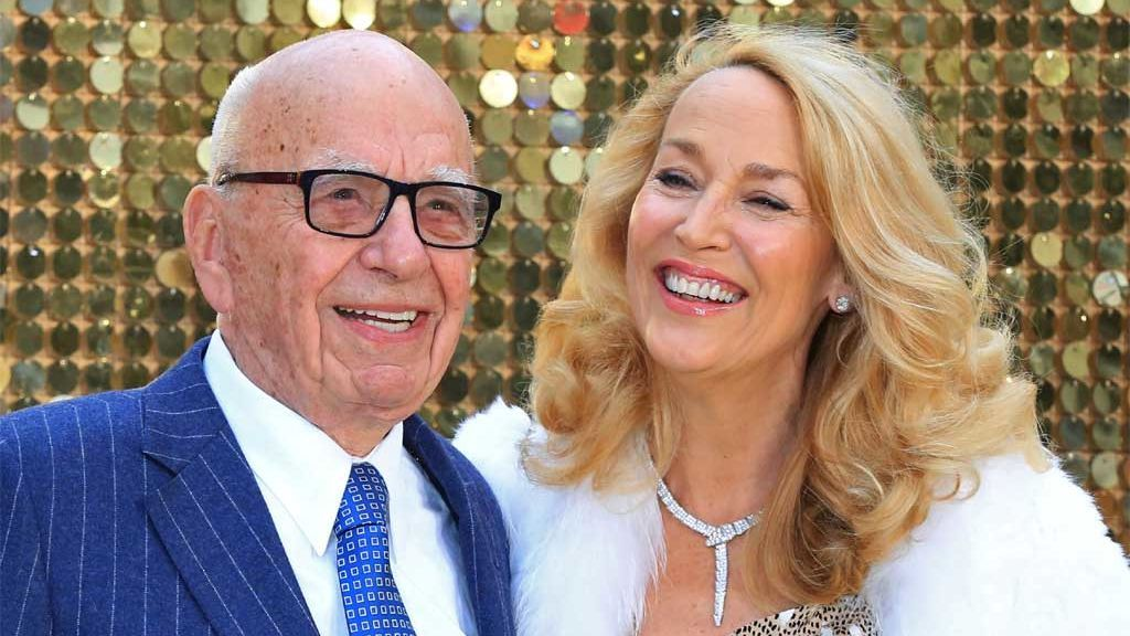 La batalla familiar por suceder al magnate de los medios Rupert Murdoch estalla en TV