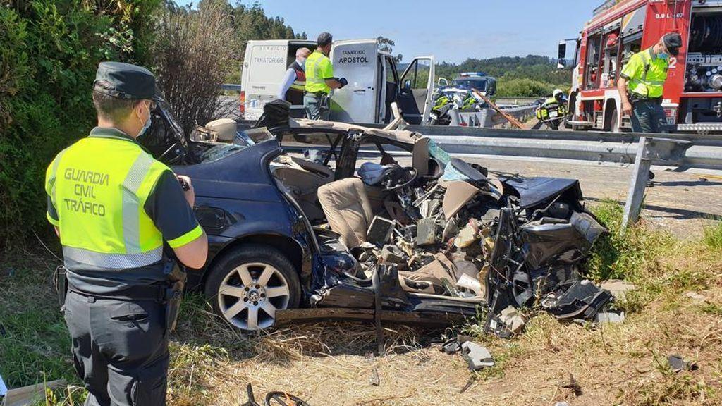 Una mujer y su hijo mueren en un accidente de tráfico en