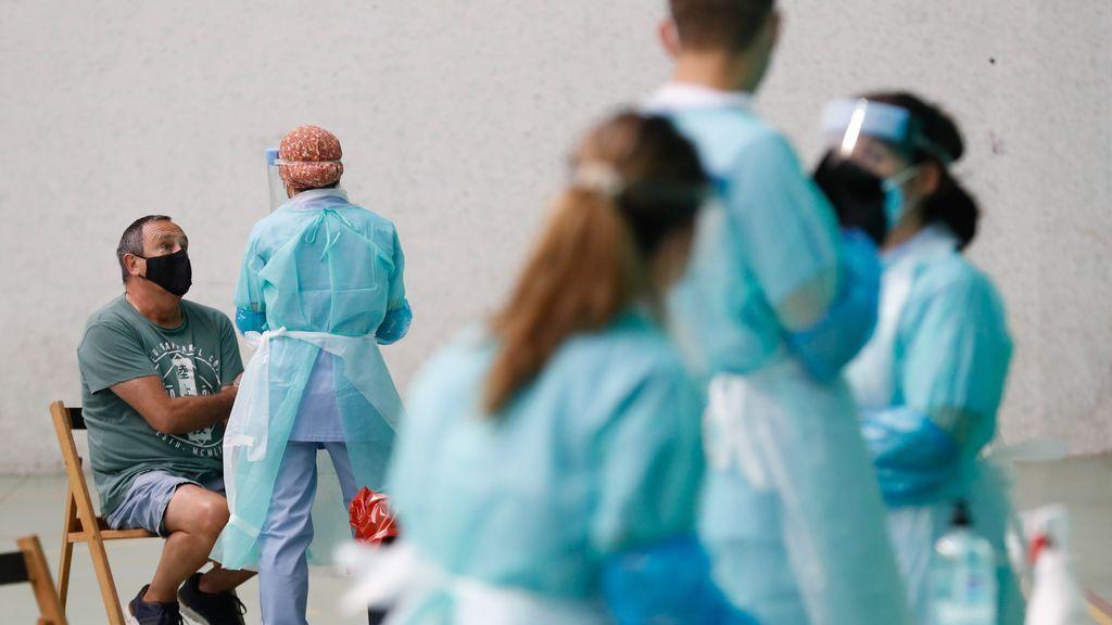 Última hora del coronavirus: los contagios siguen disparándose con 390 nuevos casos