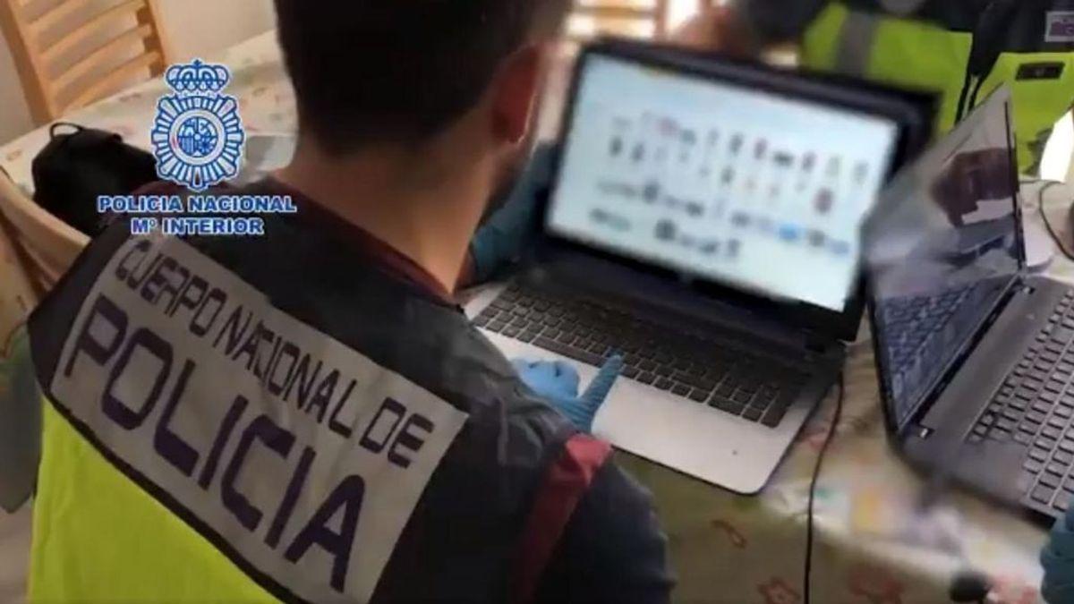 Desmantelada una red que obtuvo más de 7.000 euros mediante sextorsión