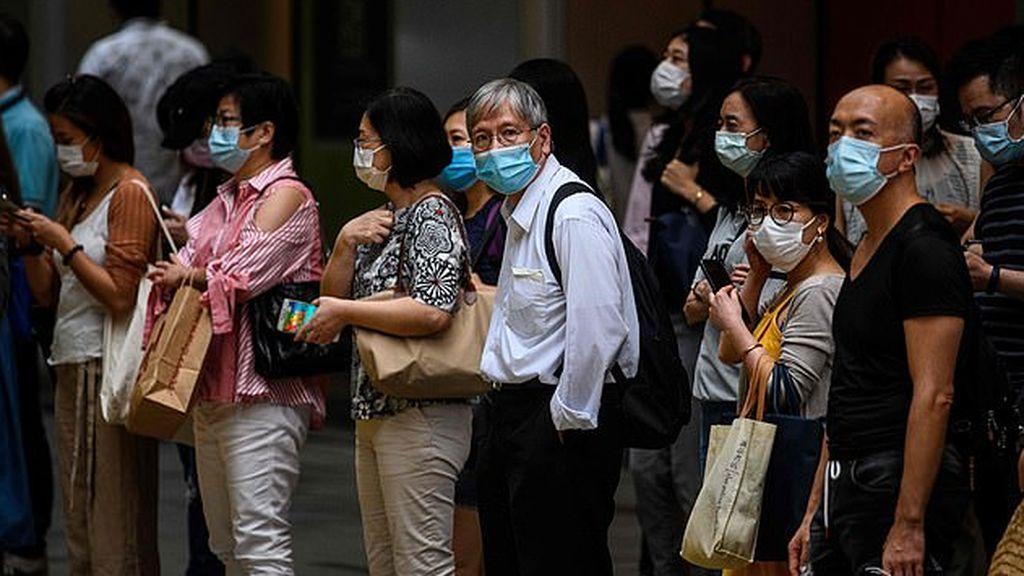 Hong Kong batalla con la tercera ola de coronavirus