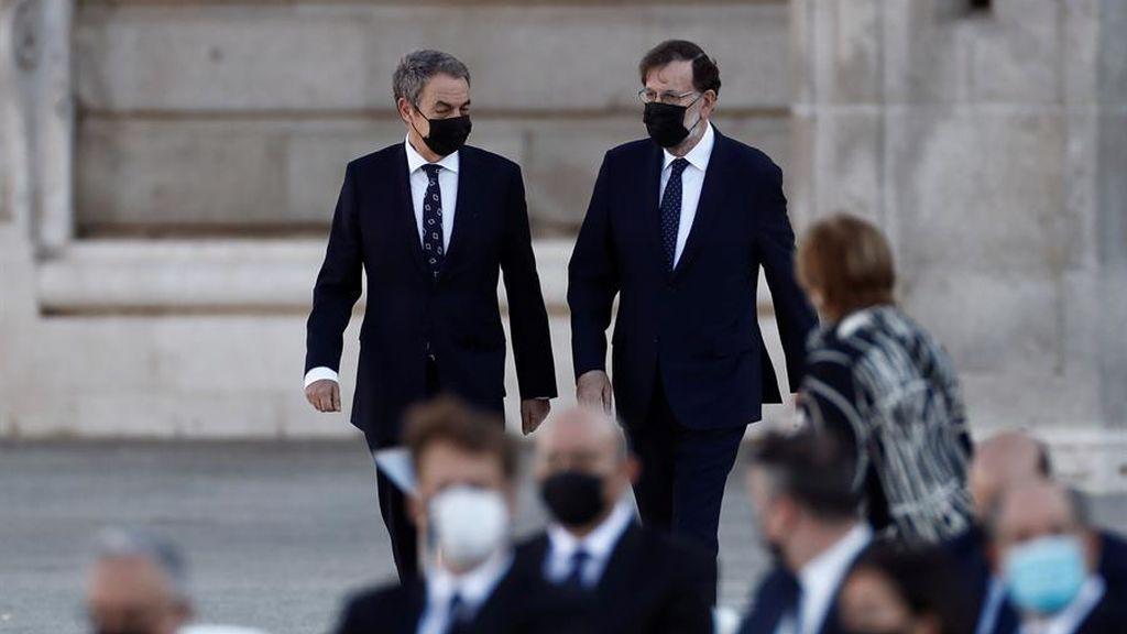 Los expresidentes José Luis Rodríguez Zapatero y Mariano Rajoy en el homenaje de Estado