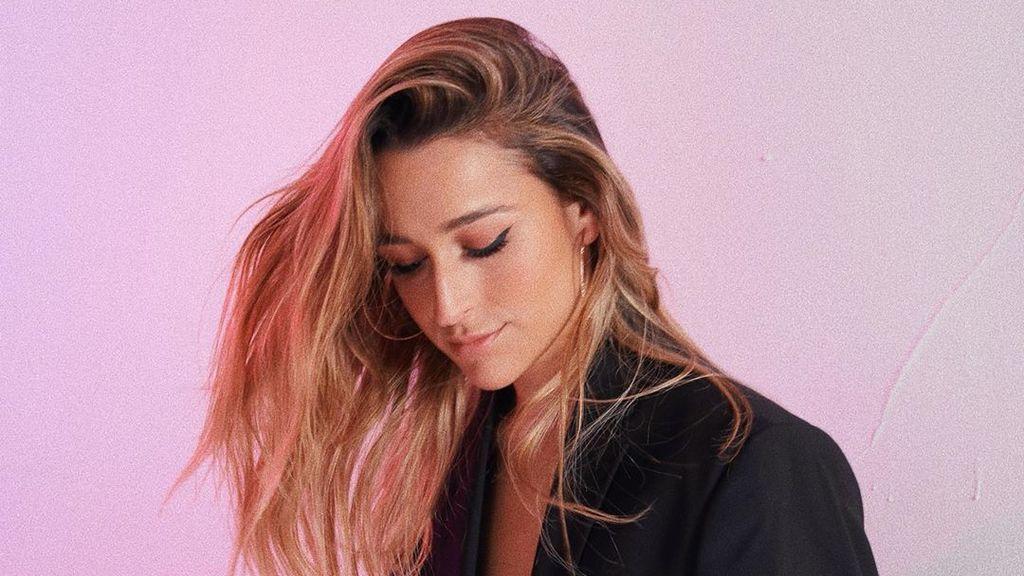 De versionar canciones en sus redes a estrenar su primer disco: todo sobre Belén Aguilera