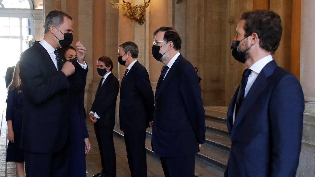 """Casado denuncia los """"ataques"""" de una parte del Gobierno contra el rey Felipe VI"""
