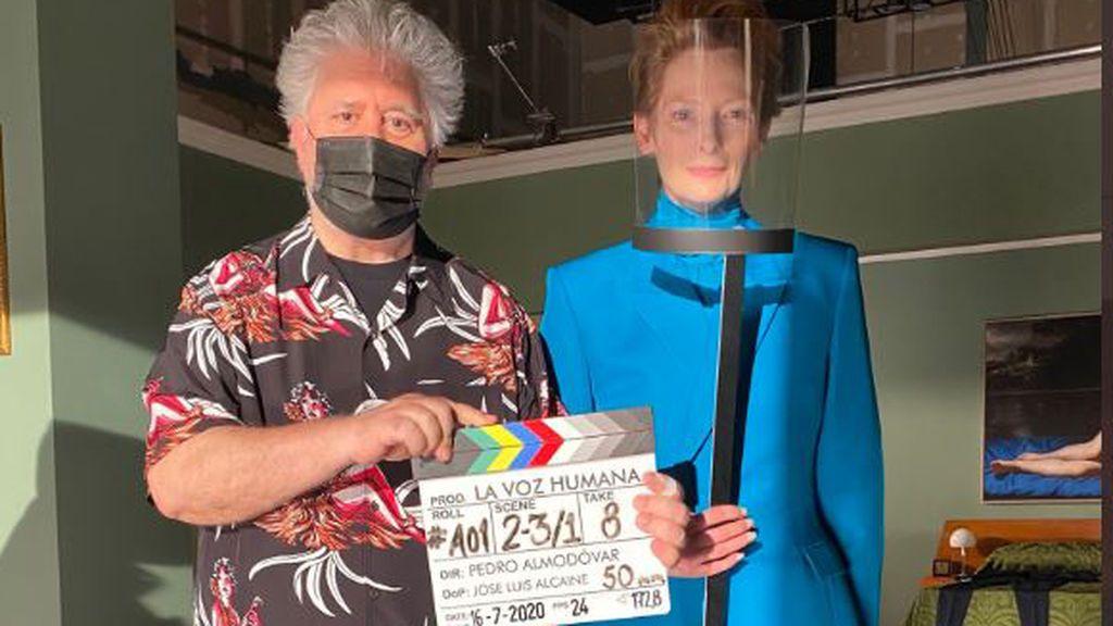 Pedro Almodóvar comienza a rodar 'La voz humana', su primer proyecto en inglés