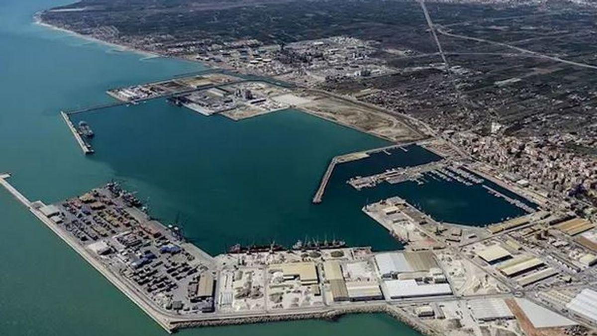 La tripulación de un petrolero, confinada en el Puerto de Castellón por 8 positivos en coronavirus