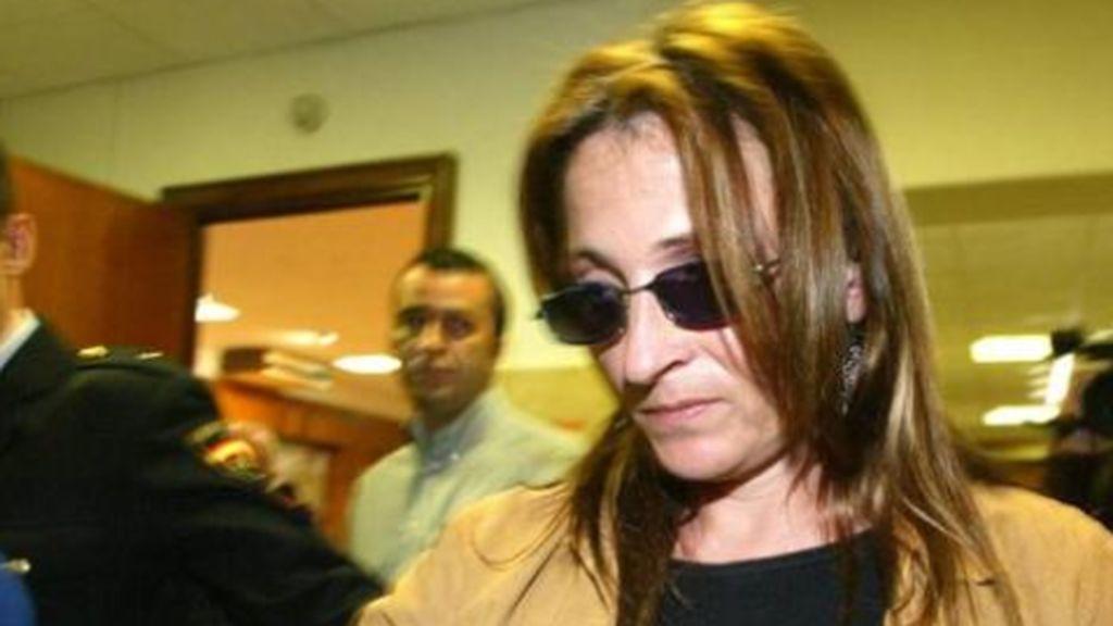 Sale de la cárcel Francisca González, la parricida de Santomera, que mató  a sus hijos de 4 y 6 años con el cargador del móvil