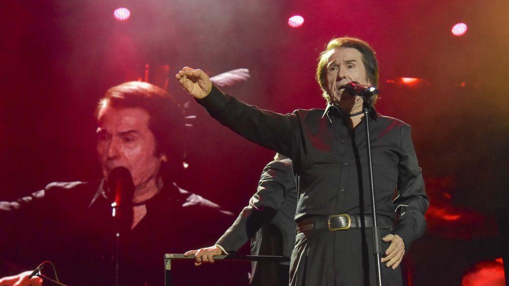 Siempre fue 'su gran noche': Raphael reedita seis álbums por el 60 aniversario de su carrera