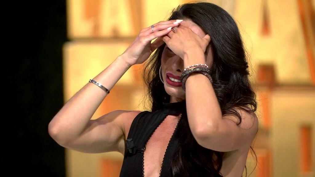 "Macarena rompe a llorar tras las románticas palabras de Rafa Mora: ""Eres mi ganadora moral"""