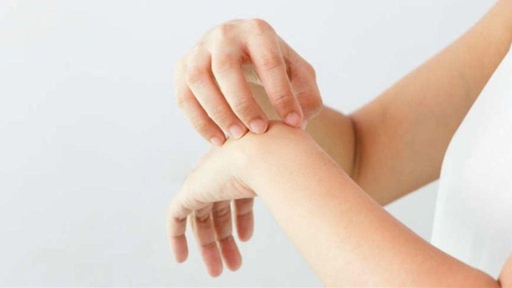 Los sarpullidos cutáneos más comunes en los niños durante el verano: pautas para prevenirlos y aliviarlos