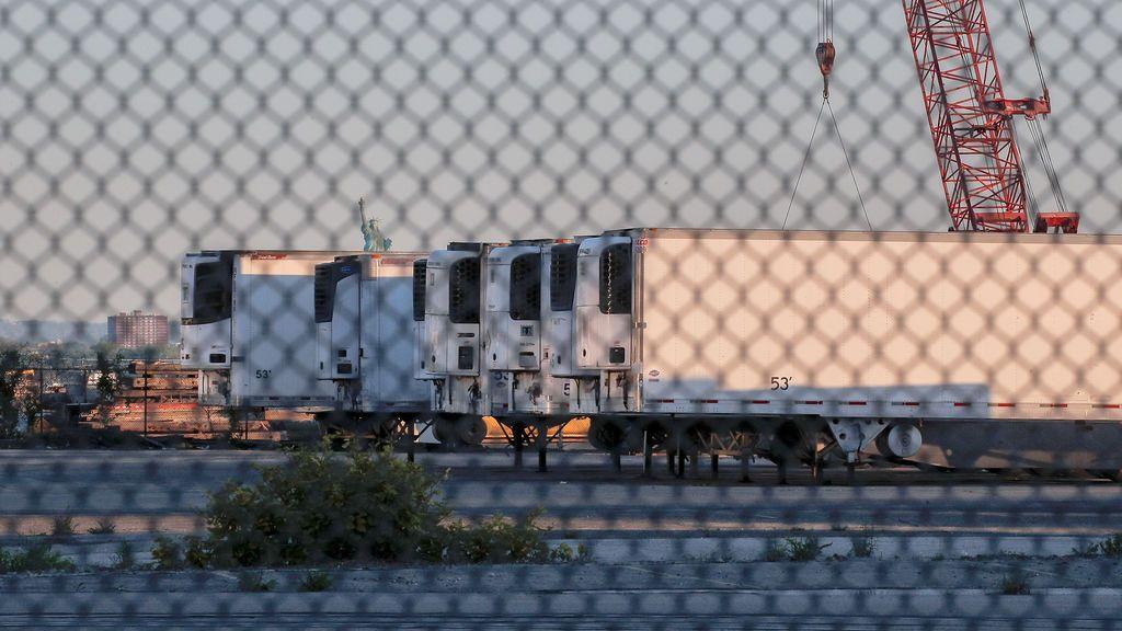 EE.UU. usará camiones frigoríficos por la saturación de las morgues