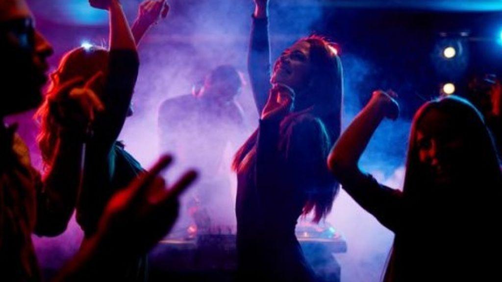 Un nuevo brote en Córdoba  por una fiesta con 400 personas en una discoteca