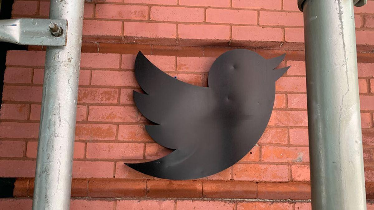 Los datos personales de ocho cuentas verificadas de Twitter fueron robados en el ataque del pasado miércoles