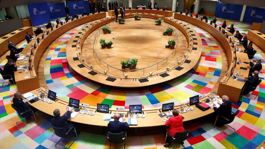 El Consejo Europeo ofrece a Holanda poder para bloquear ayudas a España e Italia y 50.000 millones menos en transferencias