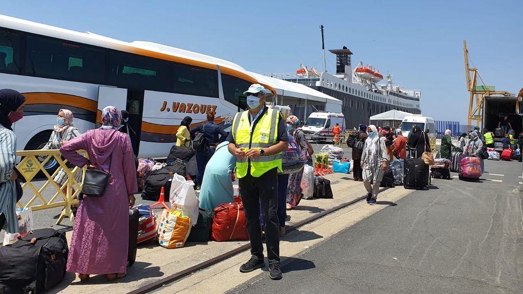 Las primeras 1.200 temporeras marroquíes atrapadas en Huelva regresan a su país