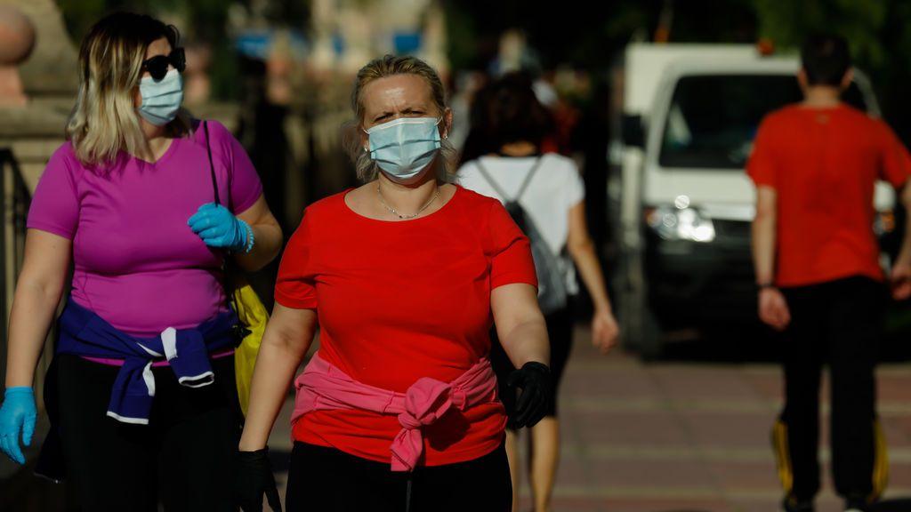 Murcia registra 23 nuevos positivos por coronavirus, 15 de ellos asociados al brote de Atalayas