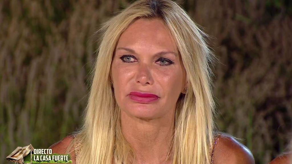"""Yola Berrocal rompe a llorar tras escuchar las acusaciones de Cristian: """"Todo lo que he hecho ha sido de corazón, es un mentiroso"""""""