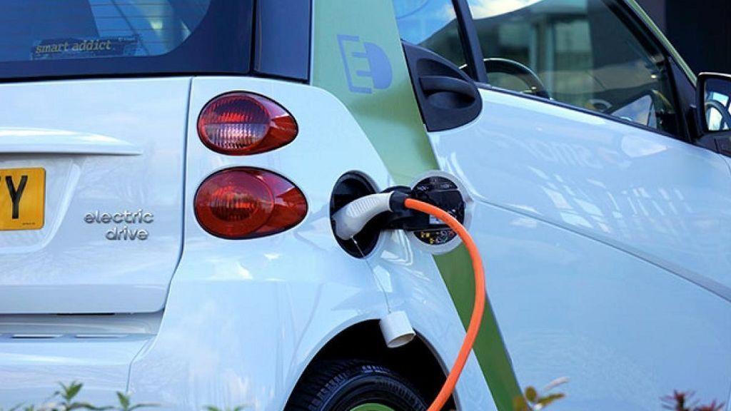 Plan Moves II: Las ayudas a la compra de coches llegarán, con suerte, en noviembre