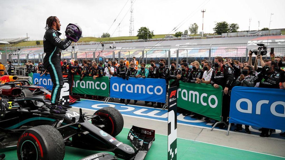 Lewis Hamilton ya es líder del Mundial tras una nueva exhibición en Hungría: Carlos Sainz solo pudo ser noveno