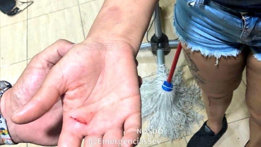 Maltratada, encerrada con su bebé y sin teléfono para pedir ayuda: la angustia de una mujer en Sevilla