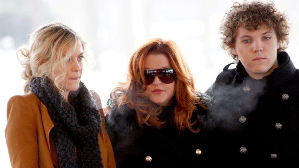 La hija de Lisa Marie Presley rompe el silencio en redes sociales tras el suicidio de su hermano