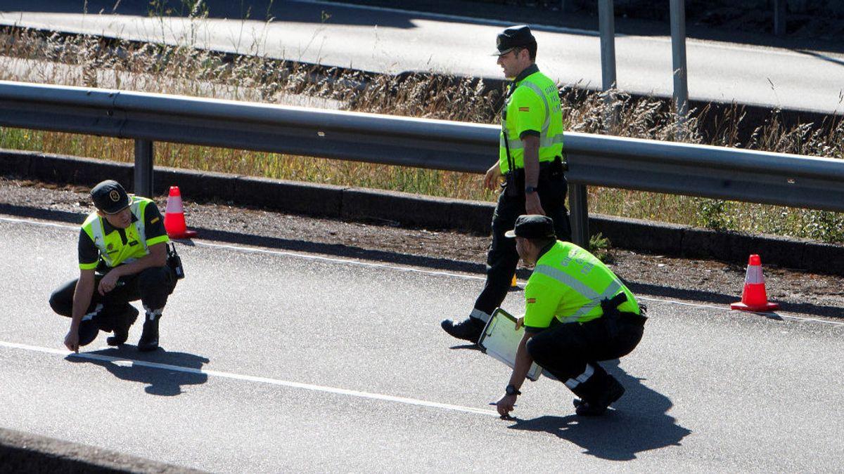 Una madre se entera de que uno de sus hijos ha muerto en un accidente mientras velaba a otro en el tanatorio