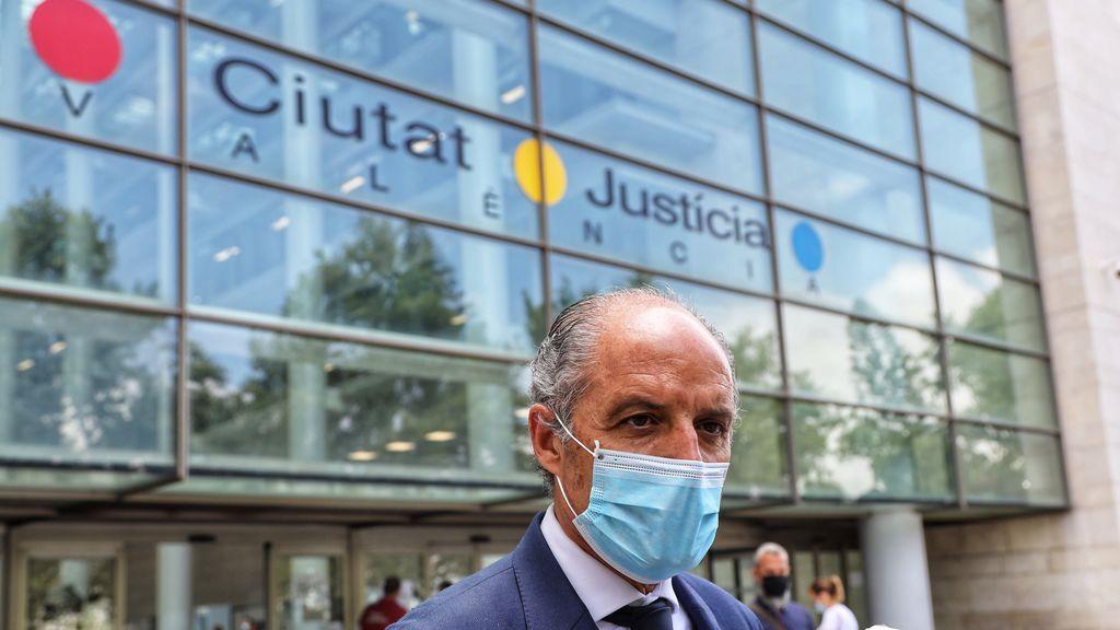 El fiscal pide deducir testimonio contra Francisco Camps por mentir en el juicio de la visita del papa a Valencia