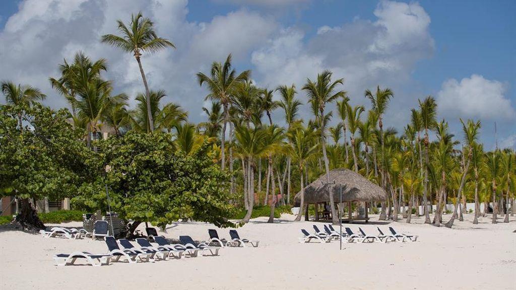 República Dominicana permite el acceso a sus playas dos días después de prohibirlo