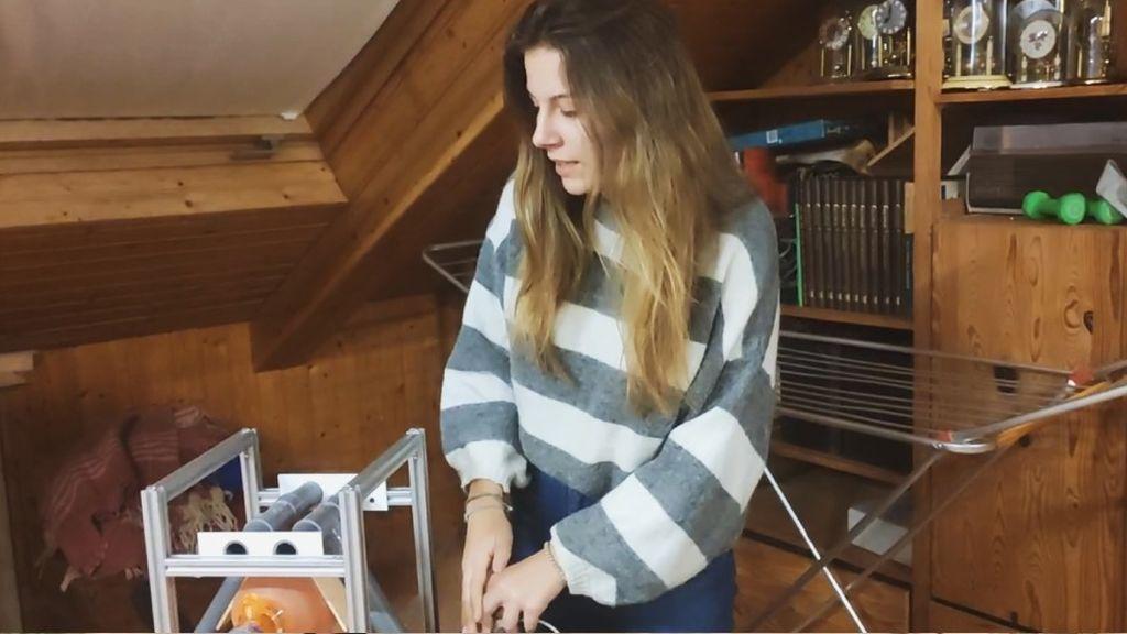 Joven valenciana fabrica respirador casero