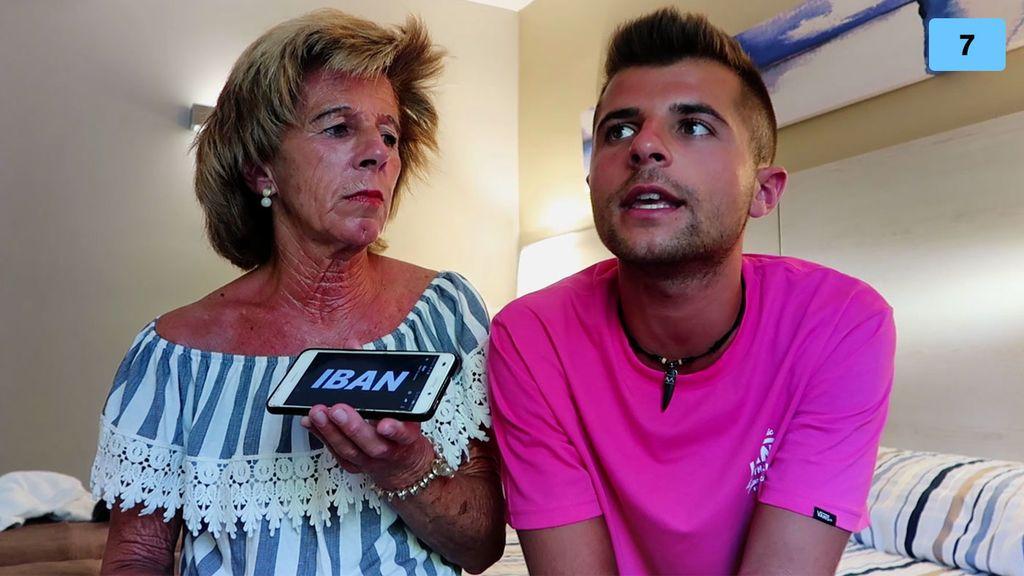 Playa, risas, room tour: ¡Iban García y su madre viajan a Salou y nos cuelan en su hotelazo! (2/2)