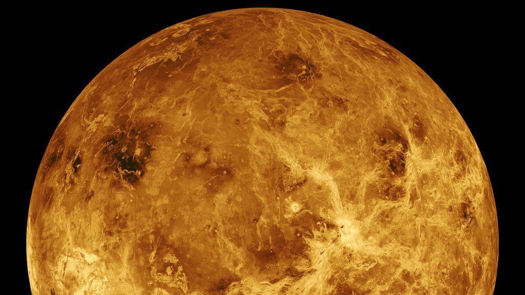 Venus no está apagado como se pensaba: detectan decenas de volcanes activos en su superficie