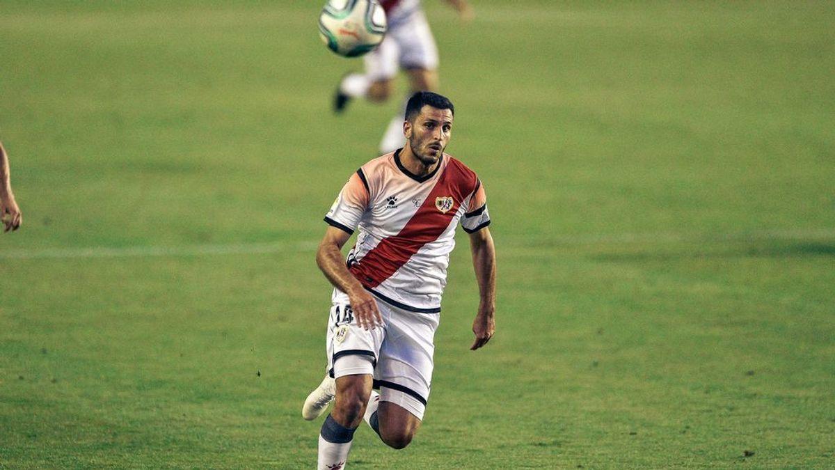 """Yacine Qasmi, jugador del Rayo, aclara su contacto con un jugador del Fuenlabrada: """"Lo comuniqué a mi club"""""""