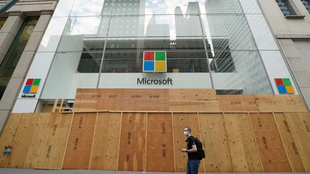 Slack acusa a Microsoft de competencia desleal ante la UE