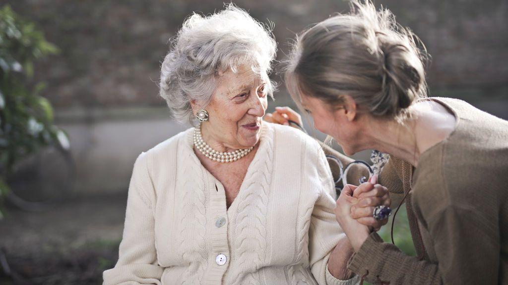 Empatía, autoestima y sentimiento de seguridad: la herencia psicológica de los abuelos a los nietos