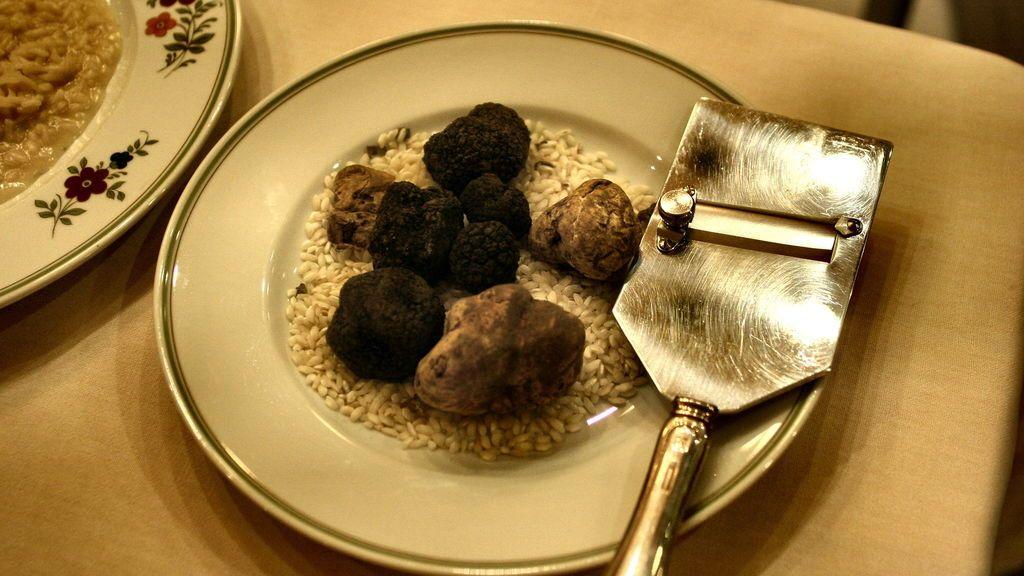 plato con trufas