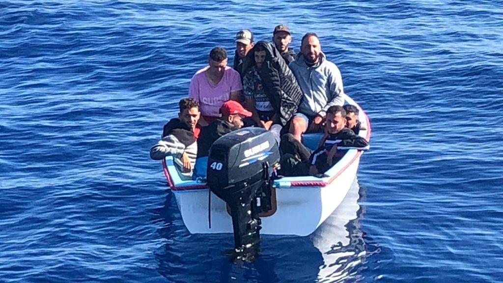 Murcia pide al juzgado que ratifique el aislamiento de los migrantes llegados en pateras este fin de semana