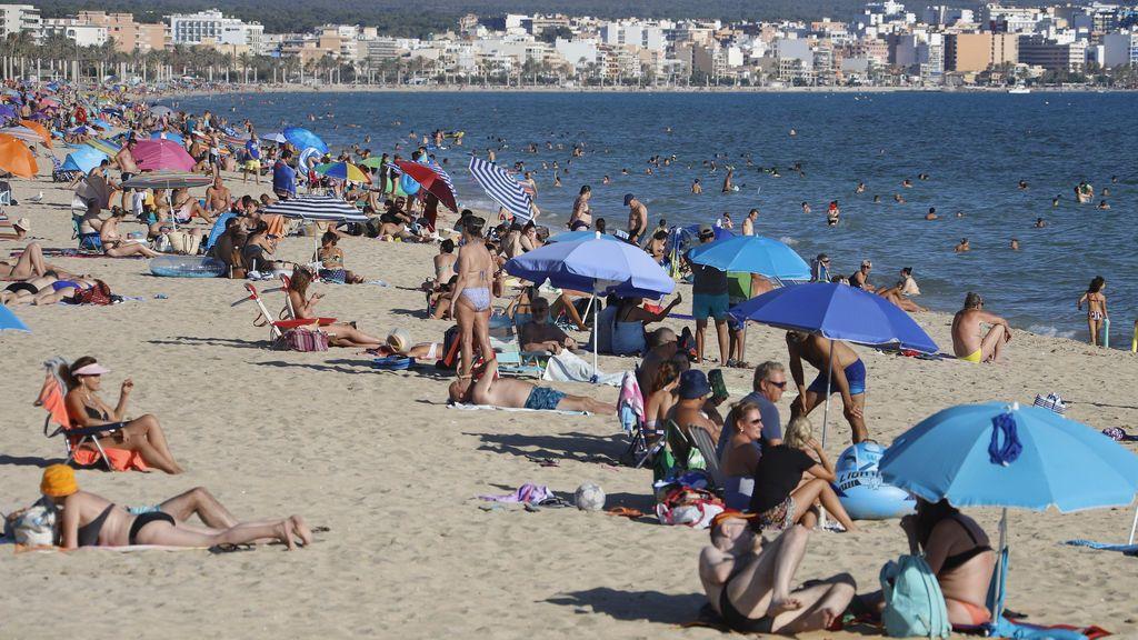 La España turística se rebela contra la cuarentena de Reino Unido y pide un trato excepcional