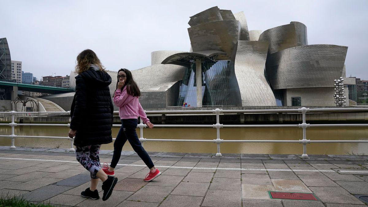Denuncian una campaña para saturar la Sanidad y no usar mascarilla en Vizcaya