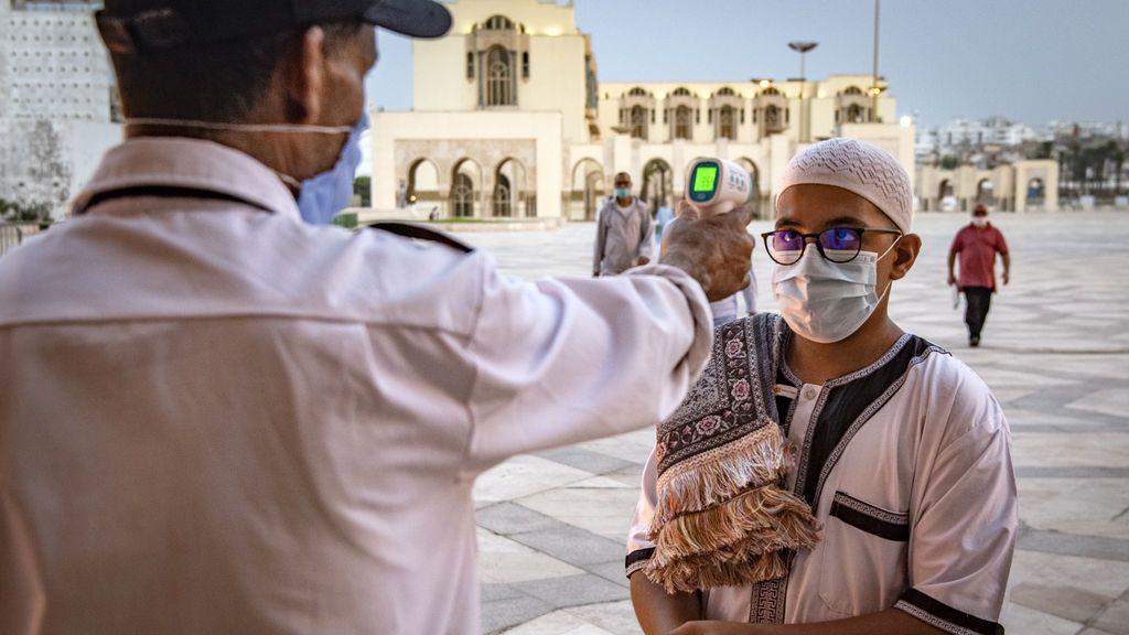 Marruecos cierra sus grandes ciudades por el coronavirus y censura la conducta de la población