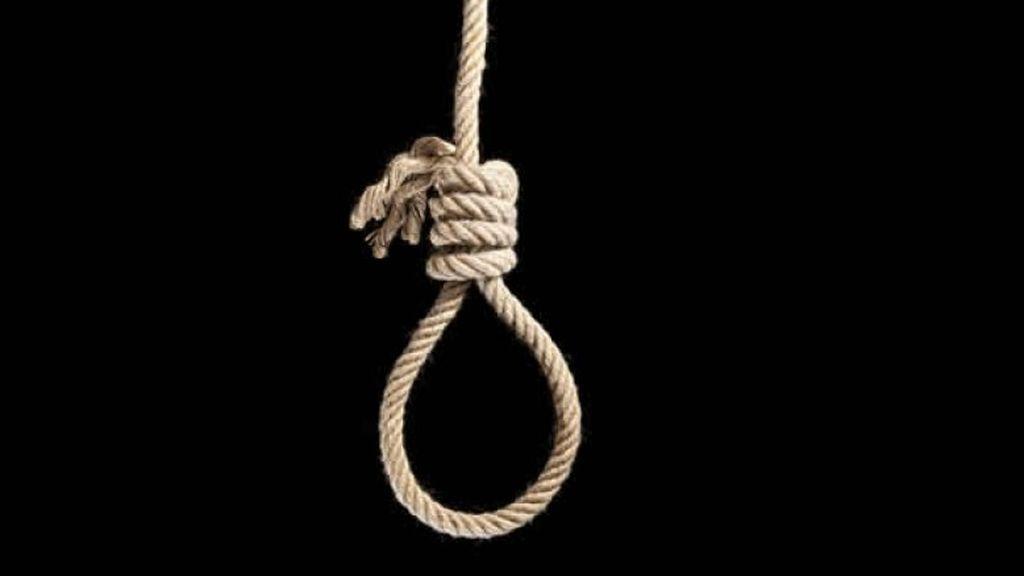 Acusada de envenenar y ahorcar a su hija simulando que fue un suicidio