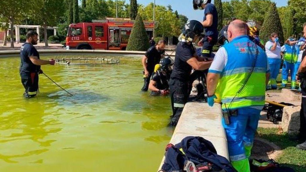 Muere un joven tras ser succionado por una tubería mientras se bañaba en una fuente